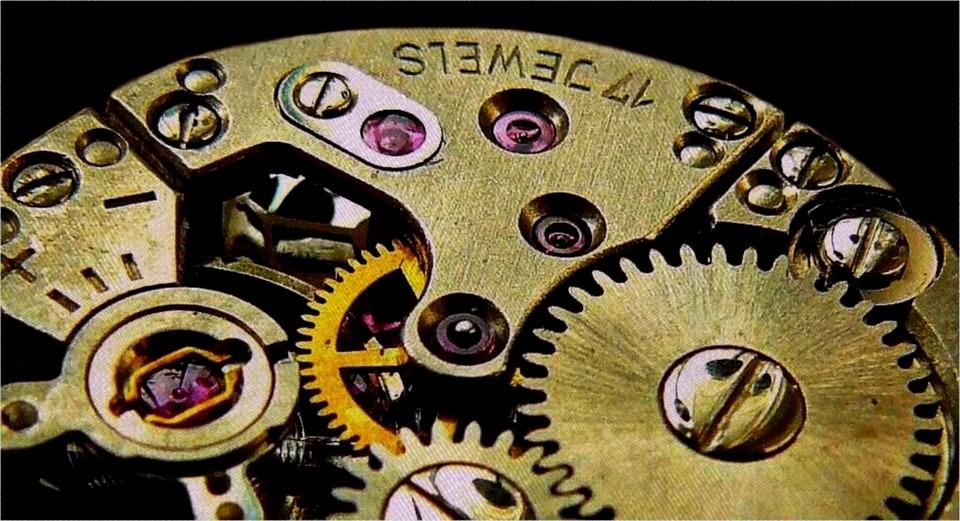 detalle maquinaria reloj